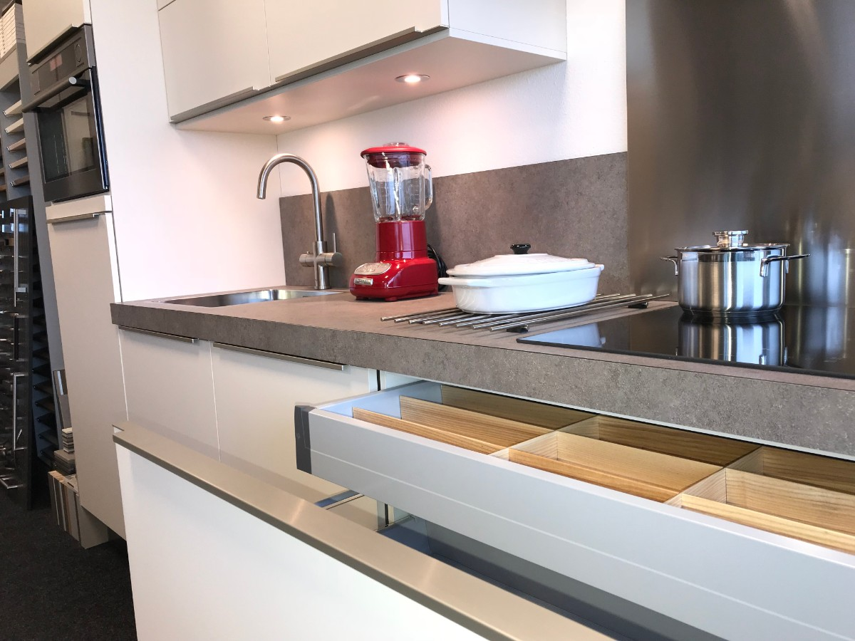 Showroom keuken te koop bij your new kitchen in steenbergen
